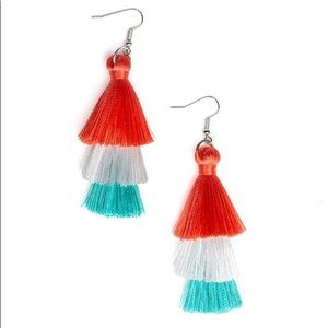 Colored fringe errings
